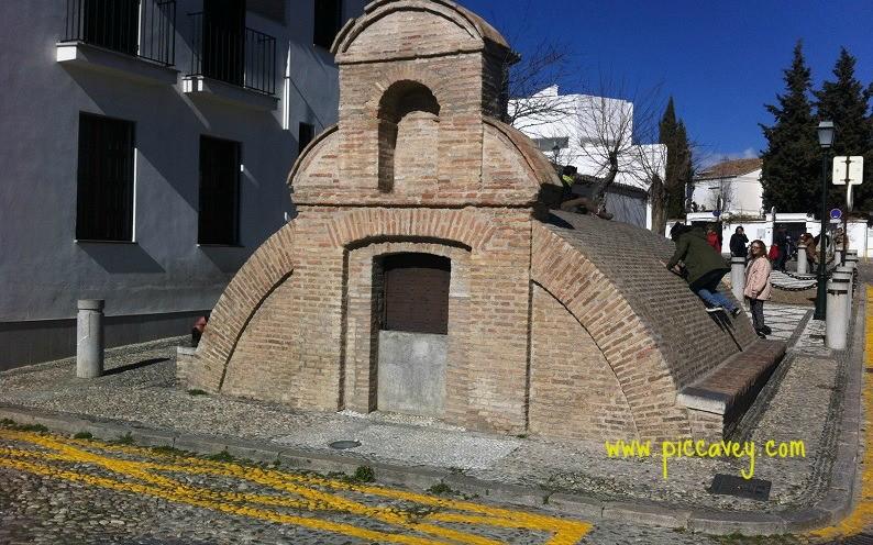 Aljibe de San Nicolas