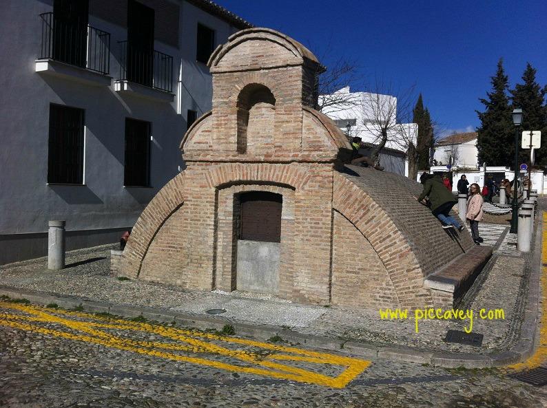 Aljibe Plaza de San Nicolas
