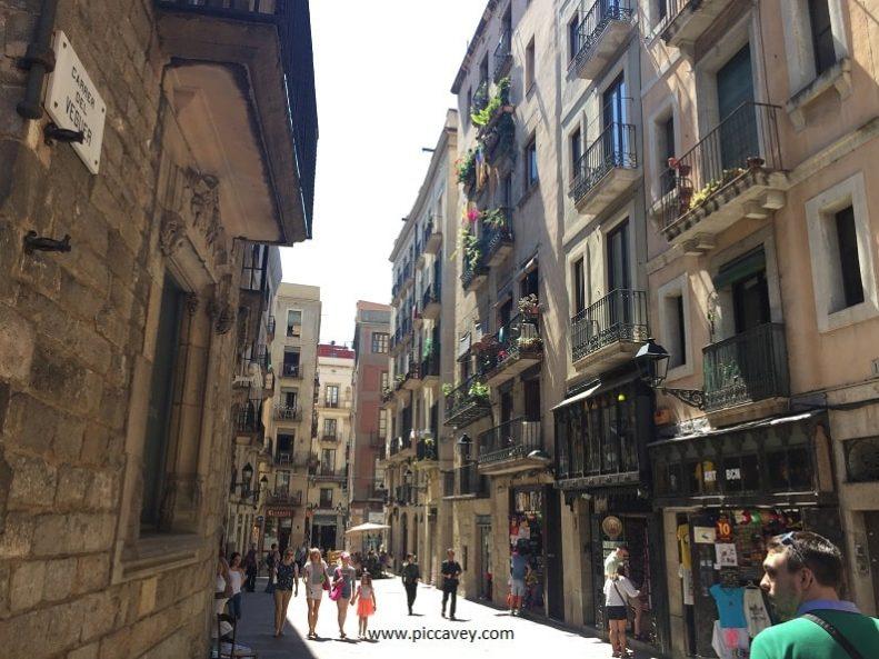 Barrio-Gotico-Barcelona-Spain