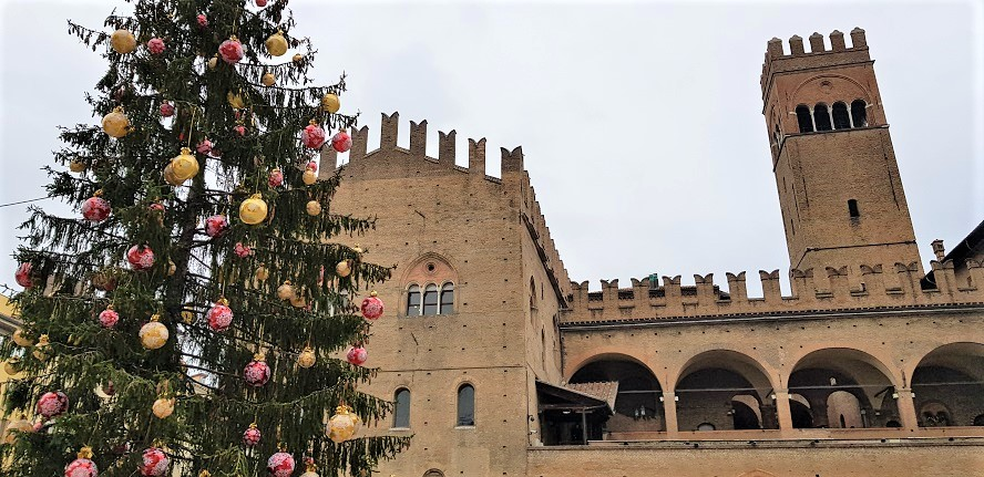 Bologna Italy - Italian Food & Historic Architecture