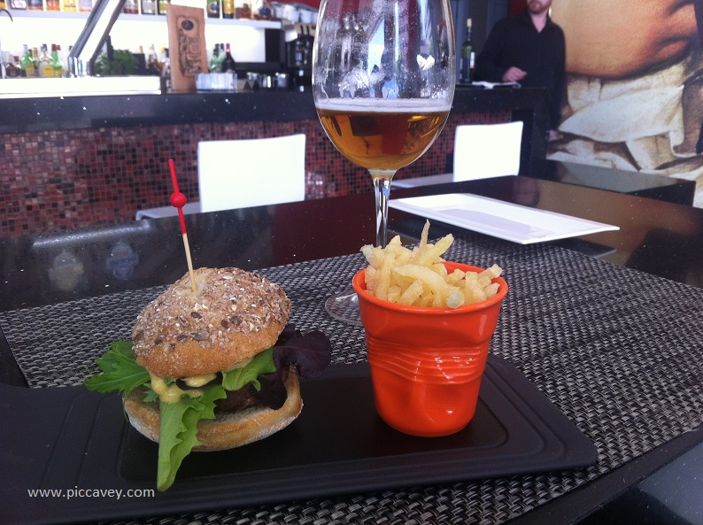 Burger Places in Granada Spain - 4 Gourmet Hamburgers