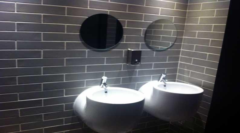 Caradura-Bistrot-WC