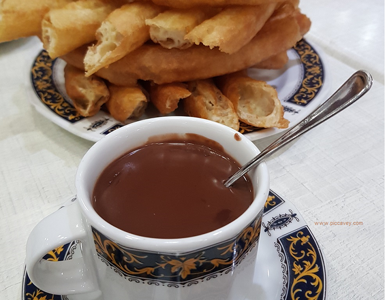 Chocolate Churros in Spain by piccavey