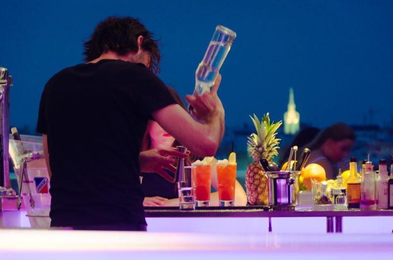 Ibiza vibes cocktail bar
