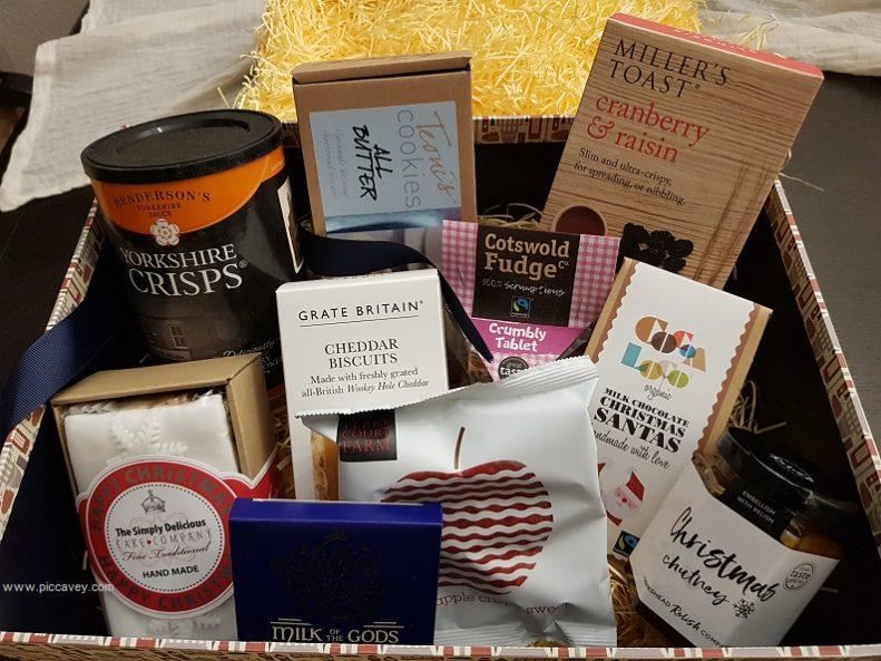 Expat Gifts Luxury Christmas British Hamper