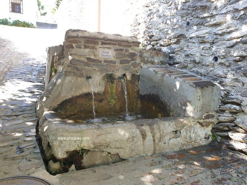 Fuente Hervidero Bubion