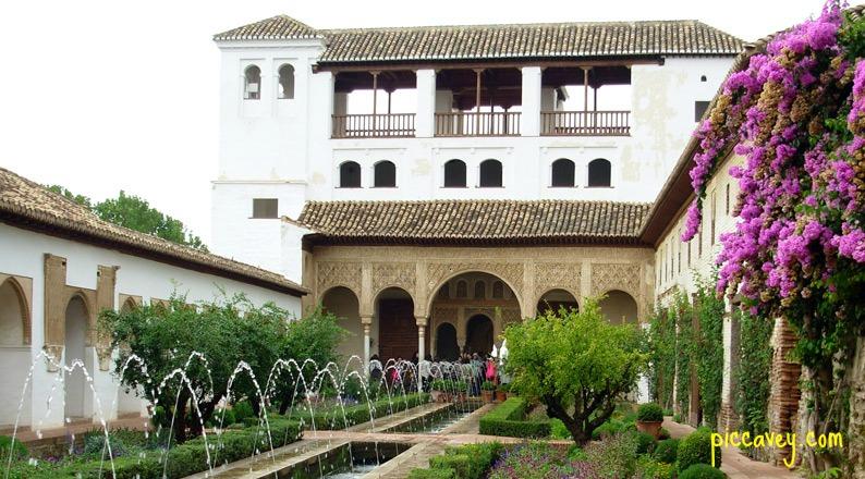 Generalife - gardens in granada