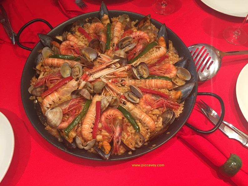 Homemade Spanish Paella Mixta