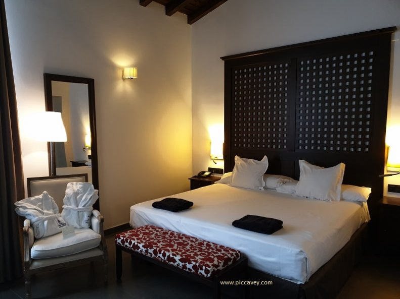 Room at Hotel Convento Aracena