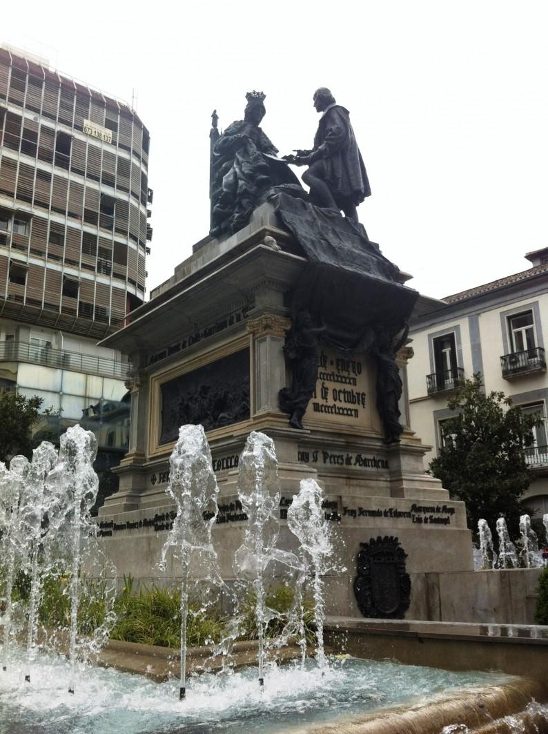 Isabel Catolica Colon Statue Granada Capitulaciones