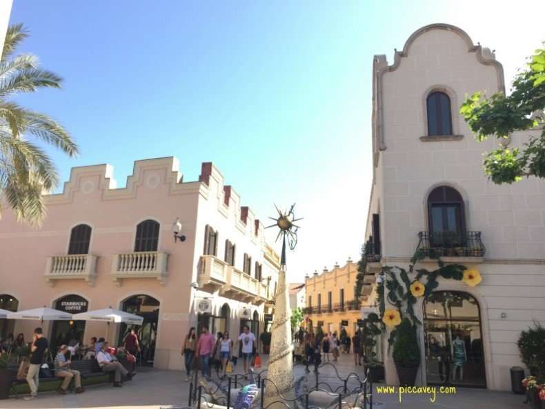 La Roca Village outlet Barcelona