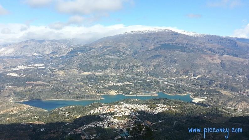 Hiking in Lecrin ValleyPinos del Valle