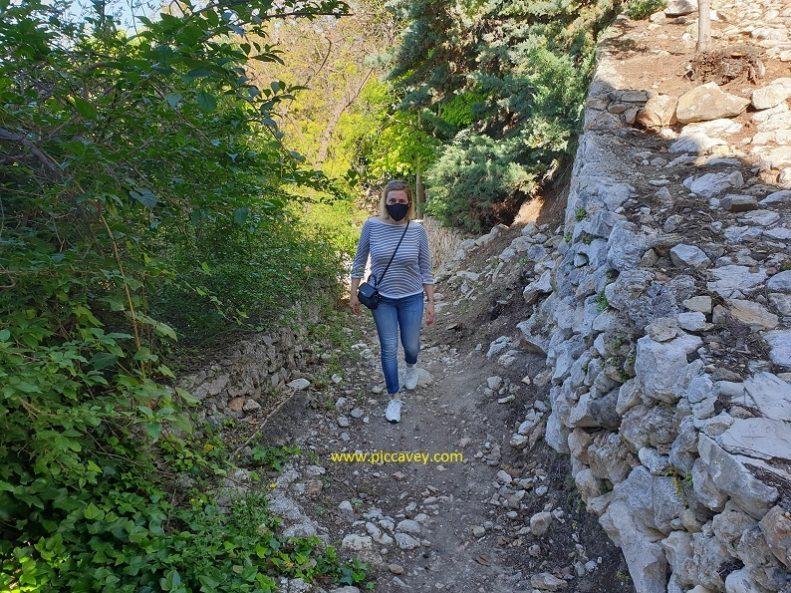 Lizar Castle Ruins Hike Travel abroad