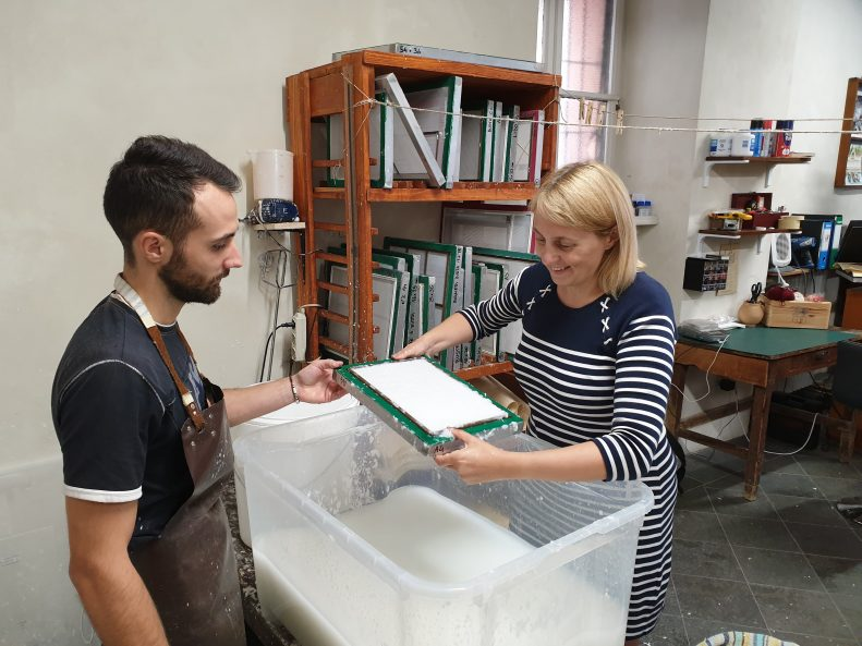 Making paper Toscalano 1381 Lake Garda