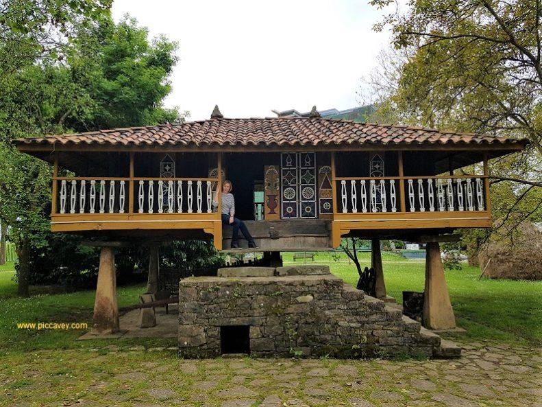 Museo Pueblo Asturias Gijon Horreo Panera Granary