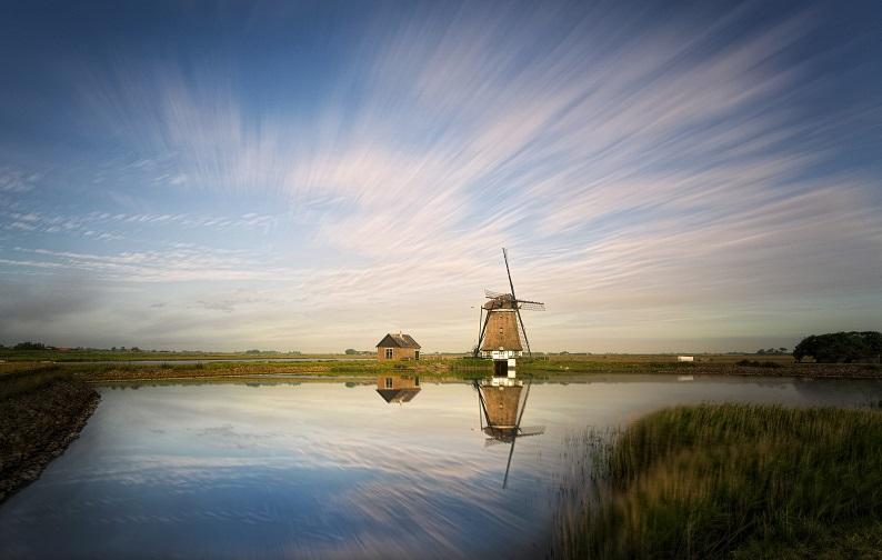 Solo Travel Netherlands Windmill evgeni-tcherkasski-wJKWSfiZx1c-unsplash