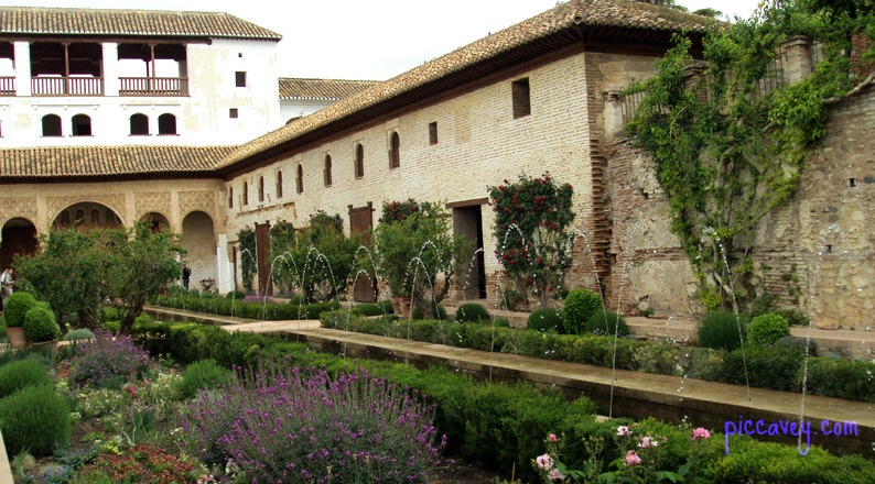 Patio de la Acequia Alhambra palace