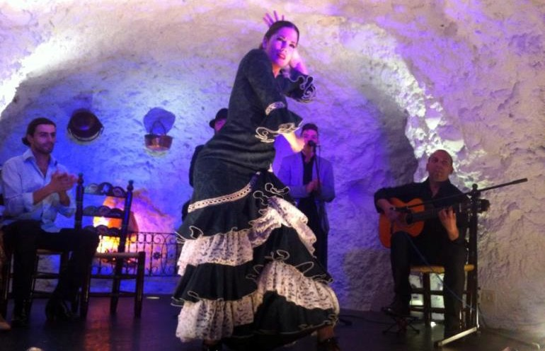 Performance at Templo del Flamenco Granada weekend