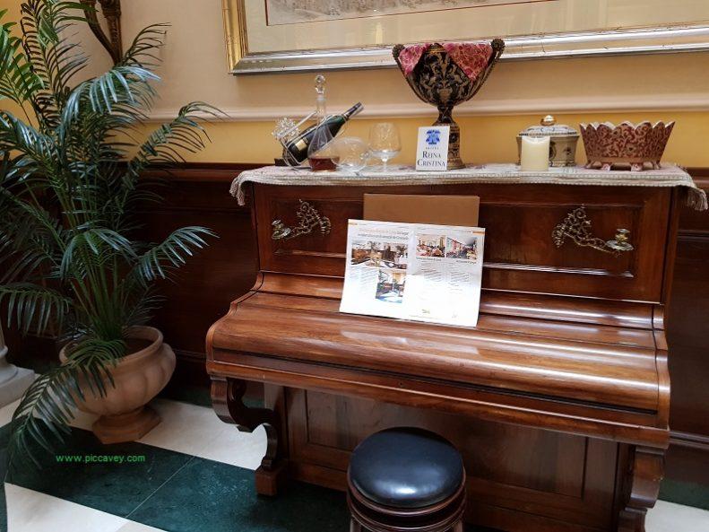 Piano Casa Rosales Lorca Granada Spain