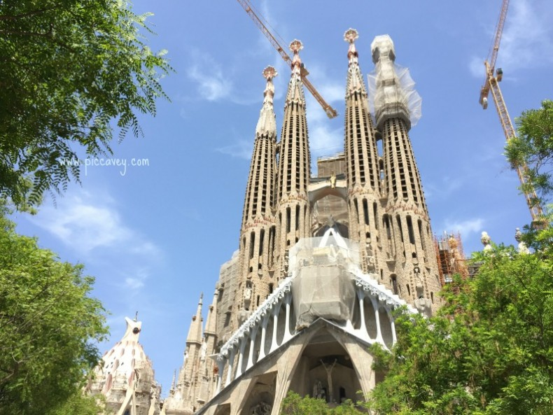 Sagrada Familia May 2016 by piccavey Barcelona city