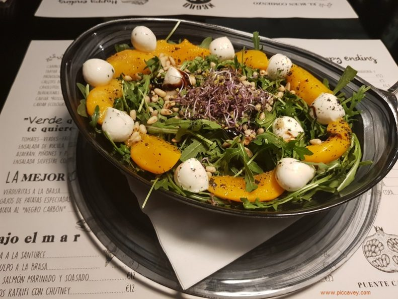 Salad Negro Carbon Restaurants in Granada