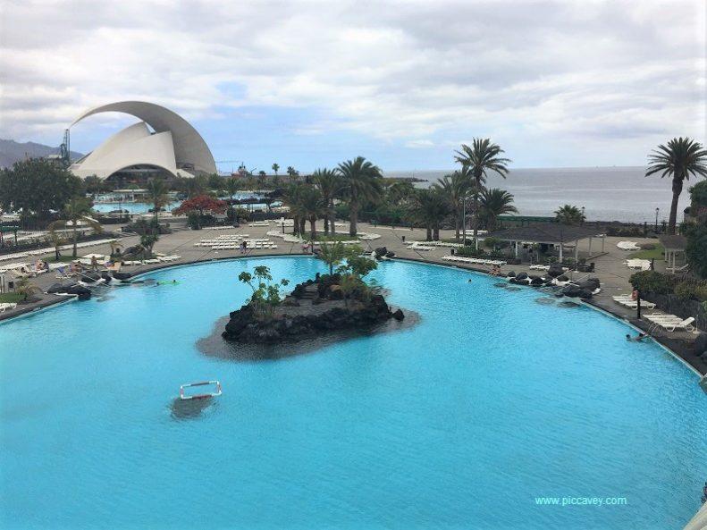 Cruises to Santa Cruz de Tenerife by piccavey