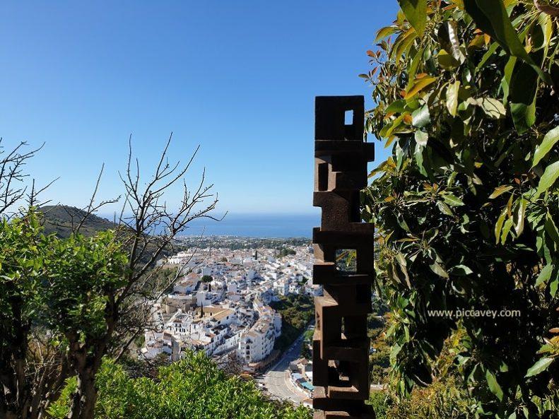 Sculptures Castillo de Lizar