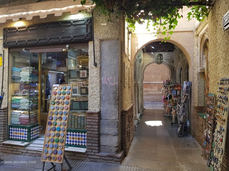 Shops in Granada - Favourite picks for Local Shopping