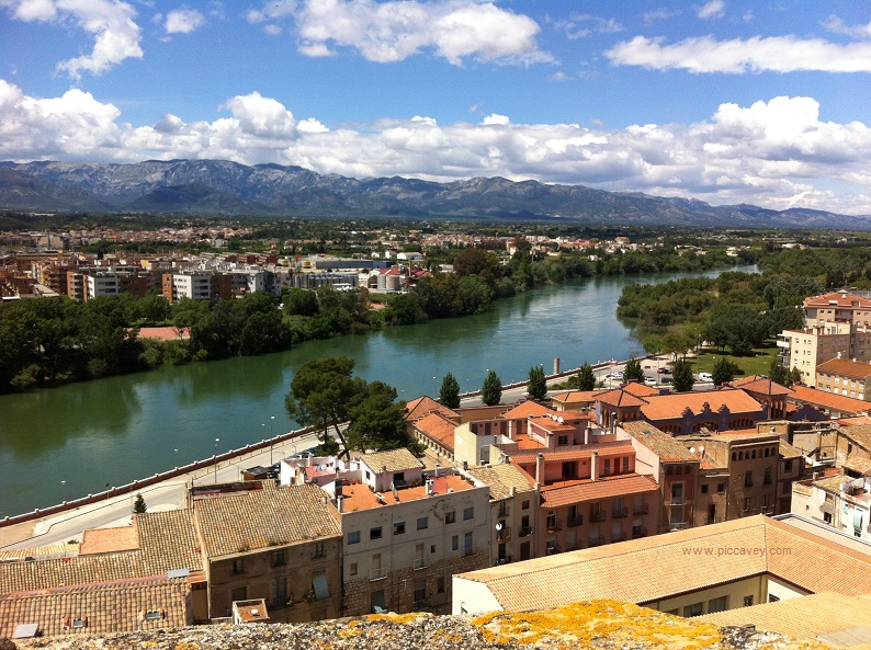 Tortosa by piccavey Spain blog