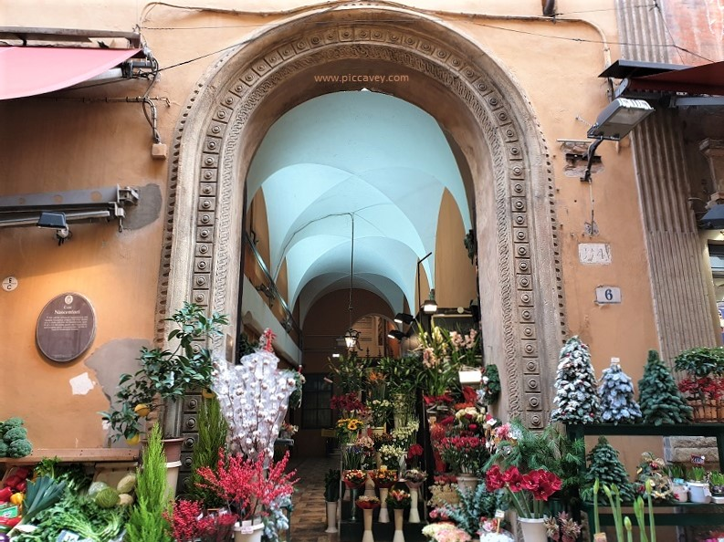 Via Clavature Bologna Italia