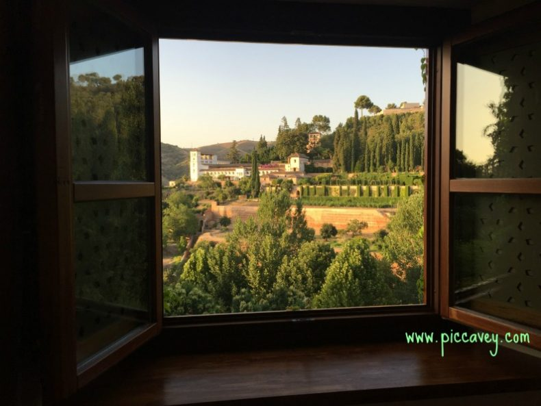 Granada Hotels Spain - Best Accomodation for the Alhambra Palace & Main Sights