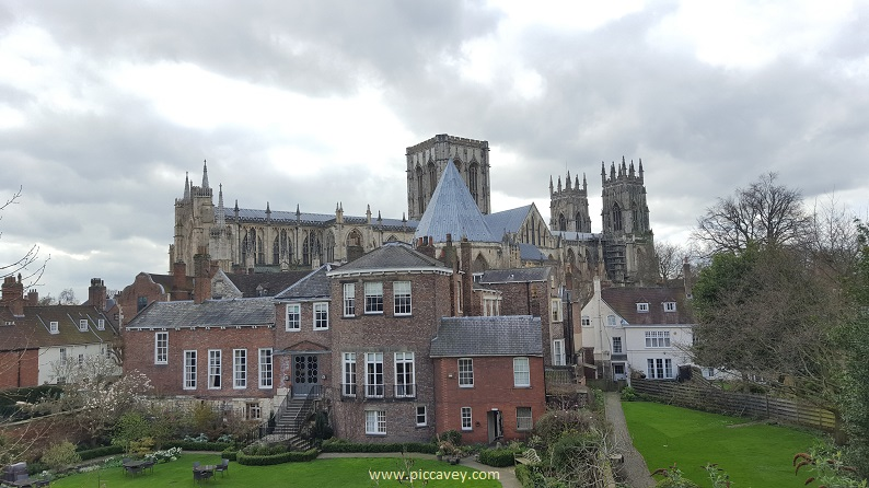 York Cathedral View UK British Airbnb stays