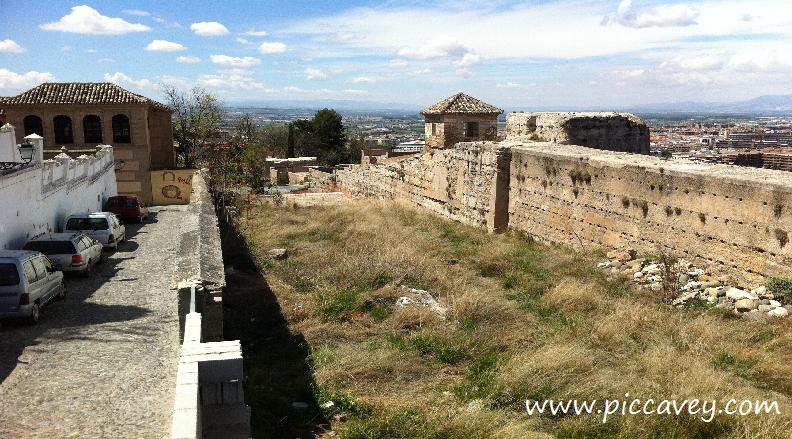 history of granada old city walls