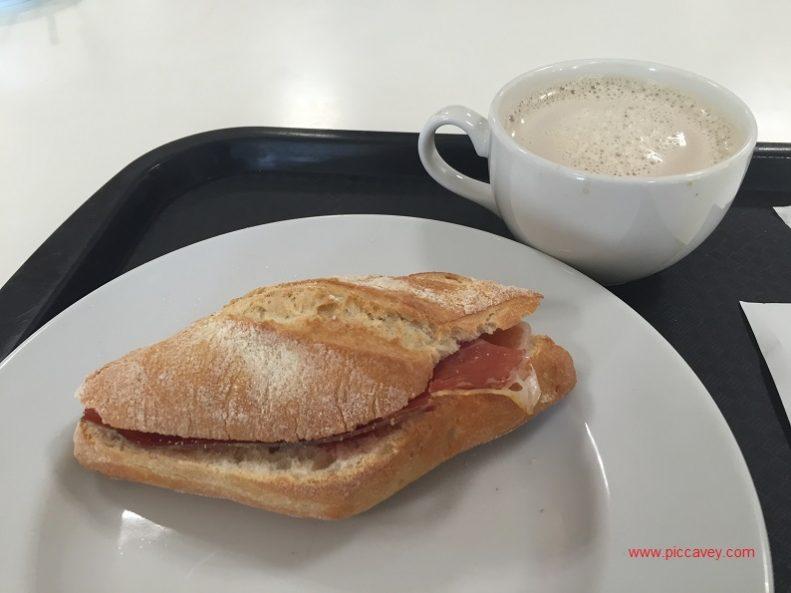 eat in granada breakfast